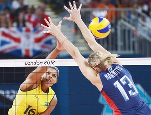 Fernanda, Final do V&#244;lei, Brasil e Eua (Foto: Ag&#234;ncia AFP)