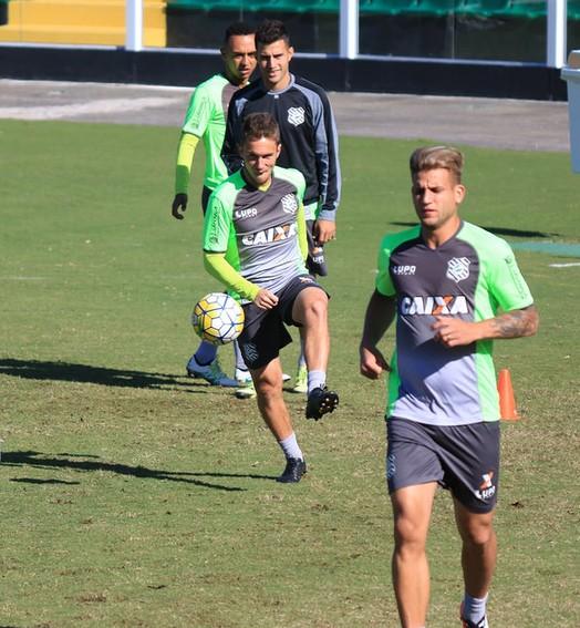 pode ser diferente (Luiz Henrique/Figueirense FC)