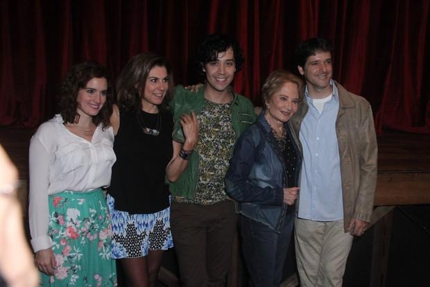 Glória Menezes entre Arlindo Lopes, Angela Dip, Antonio Fragoso e Elisa Pinheiro (Foto: Thyago Andrade / Foto Rio News)