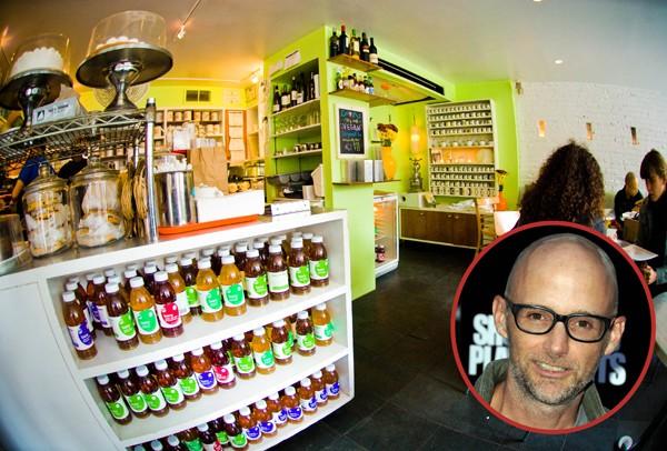 Moby é o dono do TeaNY, em Nova York. A casa de chá e café serve produtos veganos desde 2002 (Foto: Getty Images / Divulgação)