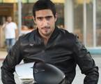 Renato Góes caracterizado para 'A lei do amor' | Globo/Cesar Alves