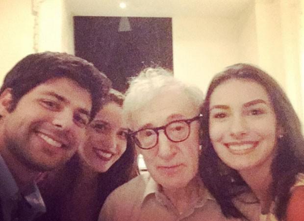 Thomaz Cividanes, Nathalia Dill, Woody Allen e Marina Moschen (Foto: Reprodução)