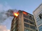 Incêndio atinge sala de prédio na região central do Recife