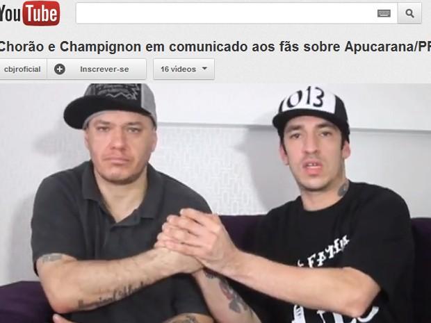 Chorão e Champignon anunciam que fizeram as pazes, em vídeo do canal oficial do Charlie Brown no YouTube (Foto: Reprodução)