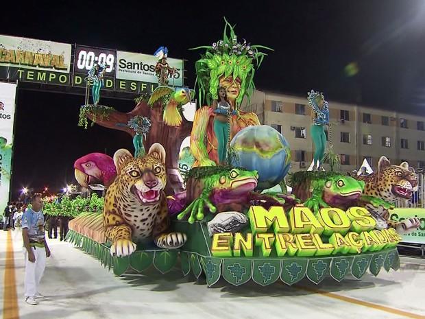 Pleiteante Mãos Entrelaçadas foi eleita a melhor escola do 1º dia de desfiles em Santos (Foto: Reprodução/TV Tribuna)