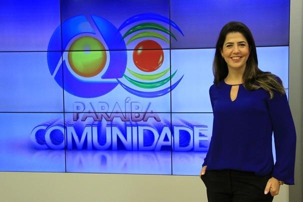 Apresentadora do Paraíba Comunidade, Carla Arantes (Foto: Rizemberg Felipe/TV Cabo Branco)