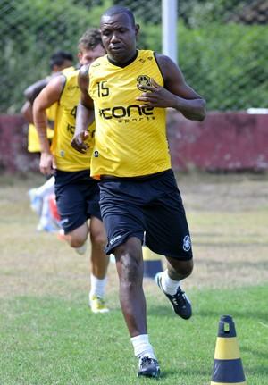 Wellington Jacaré, meia do Rio Branco-ES (Foto: Carlos Alberto da Silva/A Gazeta)
