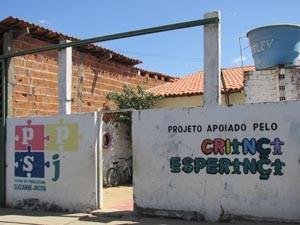 Projeto mudou a realidade das famílias no bairro Alto Santa Maria, um dos mais perigosos de Parnaíba (Foto: Katylenin França/TV Clube)