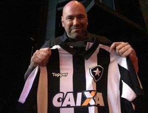 Dana White, camisa Botafogo