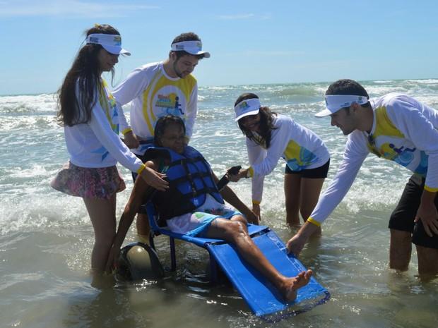 Isabel Nogueira, 63 anos, foi uma das cadeirantes a participar da inauguração do projeto (Foto: Thays Pessoa/DivulgaçãoSeid)