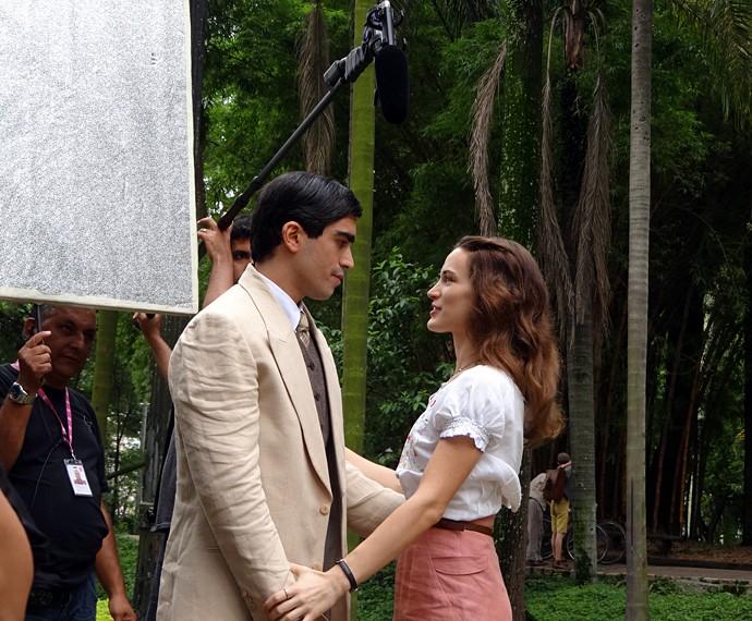 Bianca e Pedro gravam como Maria e Leandro (Foto: Walter Dhein/Gshow)