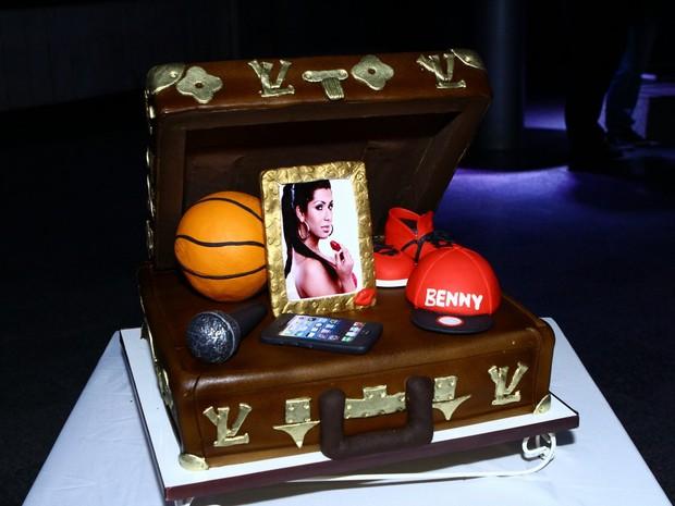 Detalhe do bolo de aniversário de Naldo (Foto: Raphael Mesquita/ Foto Rio News)