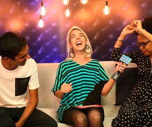 Teresa Cristina exalta Vasco e coloca Riascos na letra de Baile de Favela