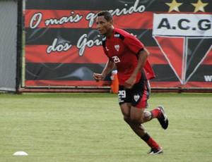 Marcão, atacante do Atlético-GO (Foto: Divulgação/Site oficial Atlético-GO)