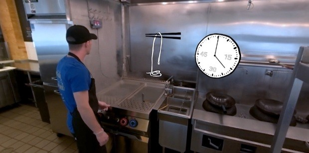 A rede americana Honeygrow usa Realidade Virtual e Aumentada para capacitar seus funcionários (Foto: reprodução youtube)