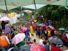 Criança e mulher morrem após queda de encosta em Olinda