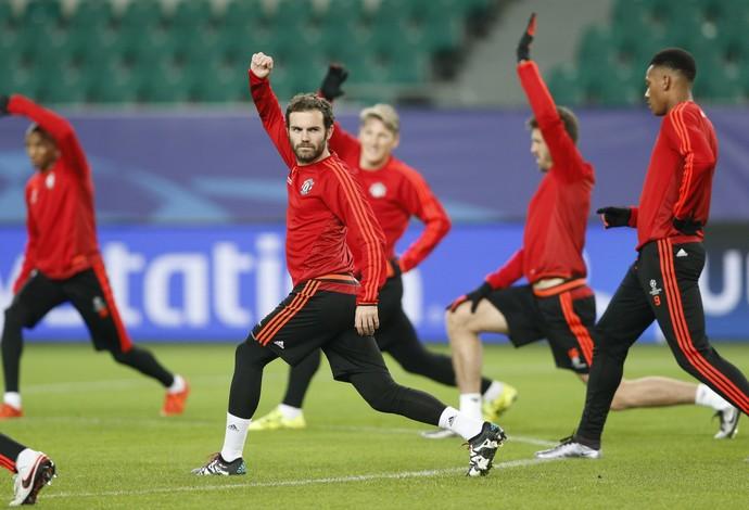 Juan Mata Manchester United (Foto: Reuters)