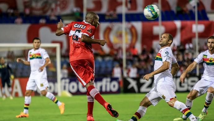 CRB x Sampaio, no Rei Pelé (Foto: Ailton Cruz/Gazeta de Alagoas)