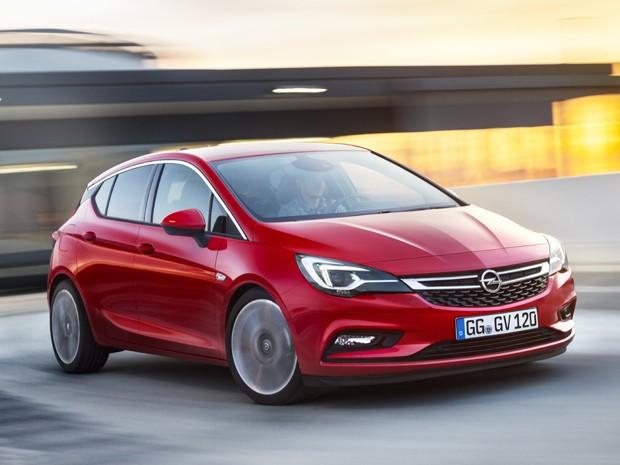 Opel Astra (Foto: Divulgação)