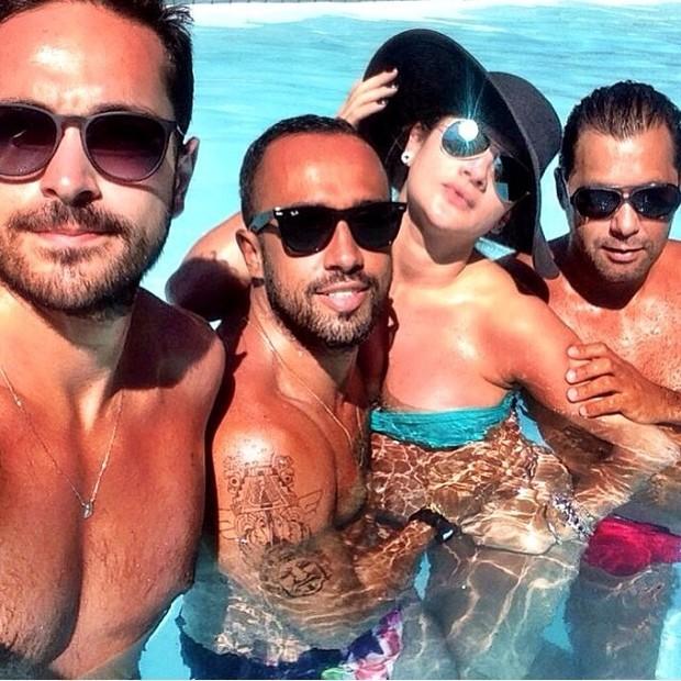 Mirella Santos escondendo barriga  (Foto: Instagram / Reprodução)