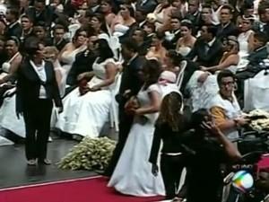Casamento Comunitário aconteceu no dia 19 de outubro (Foto: TV Integração/Reprodução)