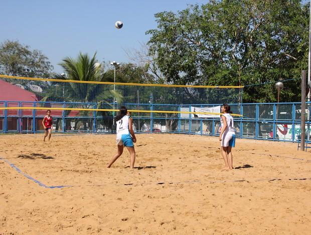 Semifinal vôlei de areia infantil feminino das Olimpíadas Escolares de Rondônia (Foto: Shara Alencar/GLOBOESPORTE.COM)