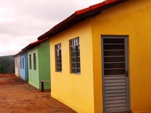 Modelo de casas populares construidas para vítimas da chuva no Espírito Santo (Foto: Divulgação/ Governo do ES)