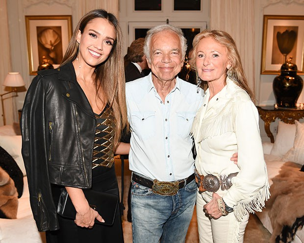 Jessica Alba with designer Ralph Lauren and his wife Ricky (Foto: Ralph Lauren)