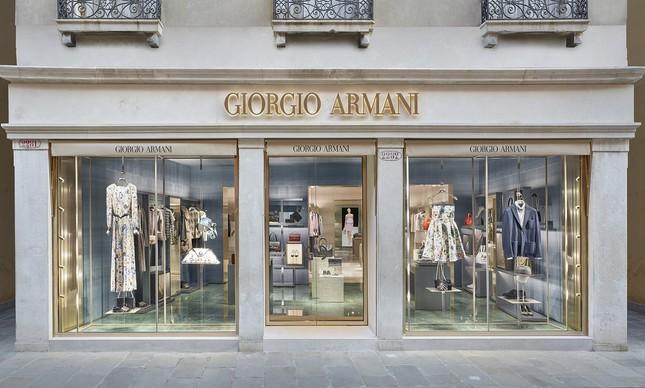 314745a7d Giorgio Armani inaugura primeira boutique em Veneza | Milão - O Globo