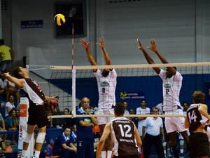 Cruzeiro x Bohemios Sul-Americano de Vôlei Abaeté (Foto: Danilo Sardinha/GloboEsporte.com)