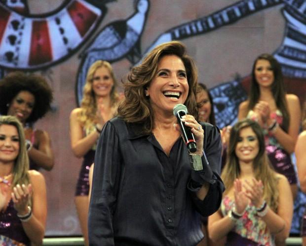 Totia Meireles está no Divã do Faustão deste domingo (Foto: Domingão do Faustão / TV Globo)