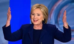 Sanders e Hillary disputam credenciais 'progressistas'