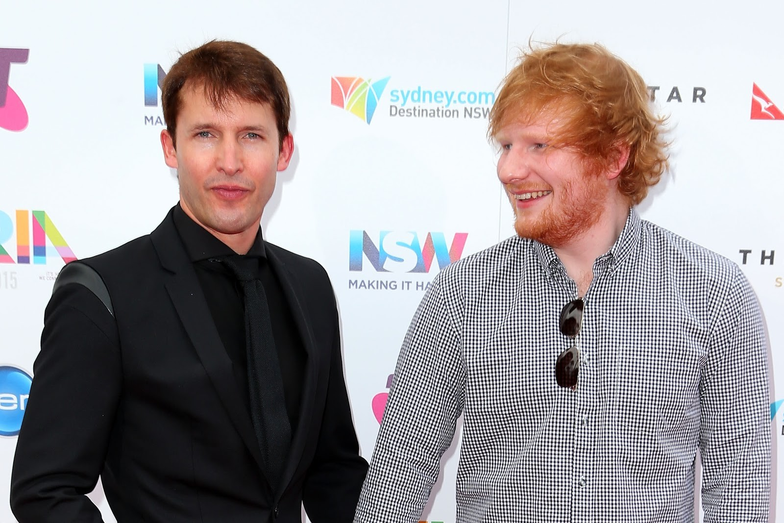 "Os ""compadres"" James Blunt e Ed Sheeran (Foto: getty)"
