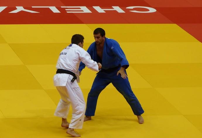 Victor Penalber x Rafael Davtyan, Mundial de Judô (Foto: Raphael Andriolo)