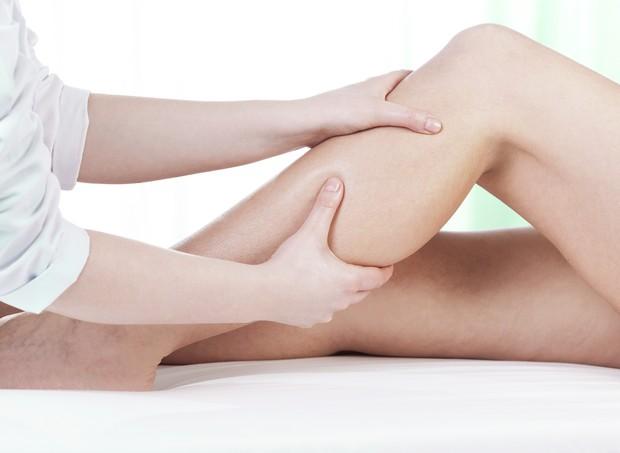 pernas, gravidez, drenagem, massagem (Foto: ThinkStock)