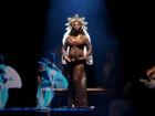 Beyoncé exibe sua barriga de grávida em apresentação do Grammy 2017