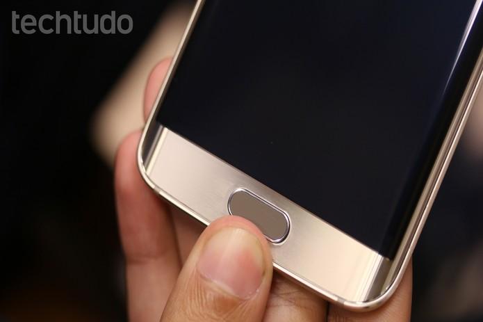Com dois toques no botão home, a câmera do Galaxy S6 abre rapidamente (Foto: Lucas Mendes/TechTudo)