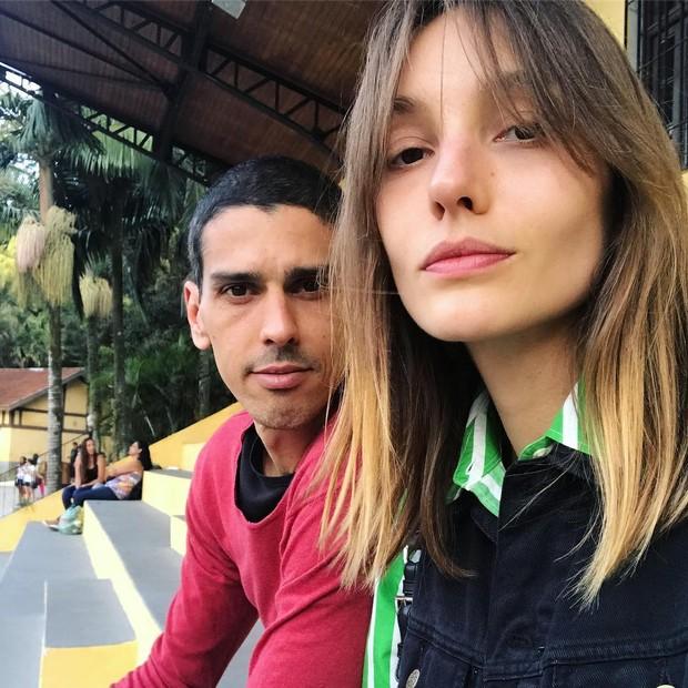 Isabel Hickmann e o namorado, Arlindo (Foto: reprodução/Instagram)