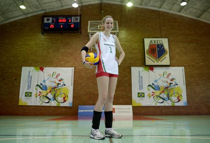 Daniela Seibt se destaca com 1,86m tendo apenas 14 anos (Foto: Alexandre Loureiro/Inovafoto/COB)
