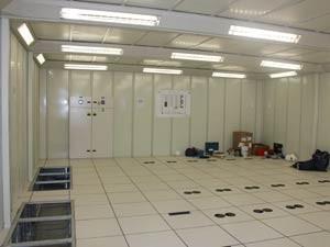 Interior da sala-cofre onde ficarão os equipamentos (Foto: Claudia Moreira/Divulgação, Procempa)