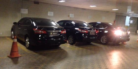 Carros dos senadores (Foto: Divulgação)