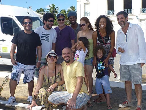 Com o elenco de Agora é Tempo, Aisha Jambo viajou pelo país (Foto: Arquivo Pessoal)