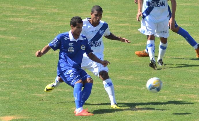 Taubaté x São José Esporte Clube  (Foto: Filipe Rodrigues)