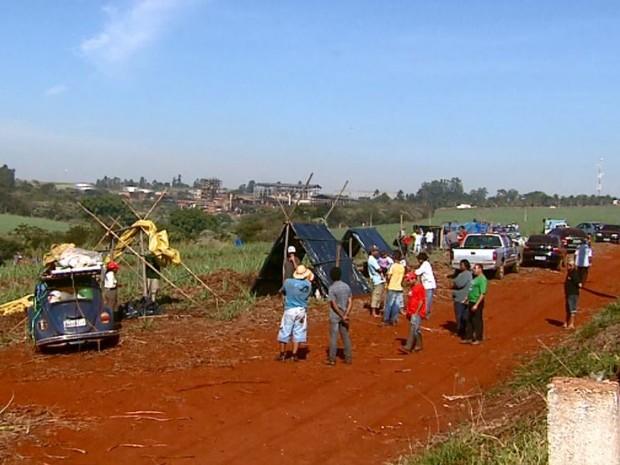 Ocupação usina Araraquara  (Foto:  Ronnei Nicoletti/ EPTV)