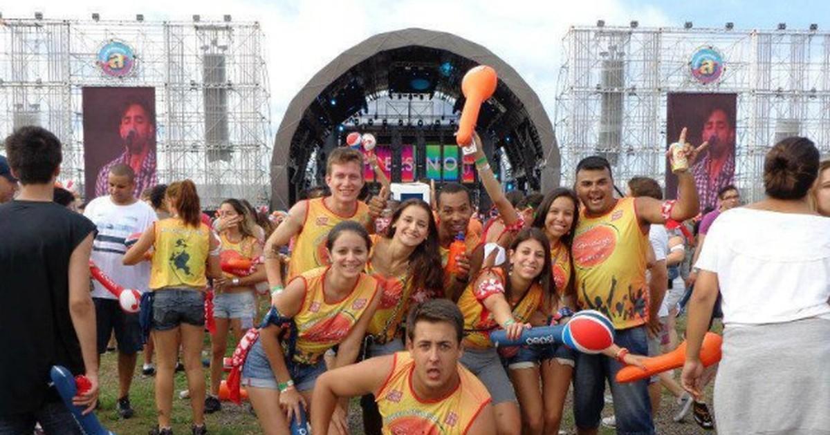 Excursão para Planeta Atlântida tem tratamento 'vip' e festa na piscina - Globo.com