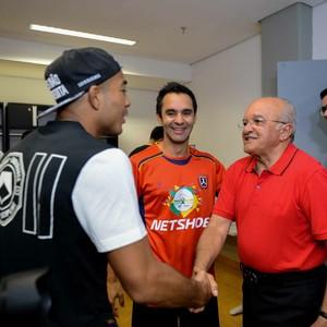 Governador do AM com José Aldo e Pizzonia (Foto: Valdo Leão/Secom)