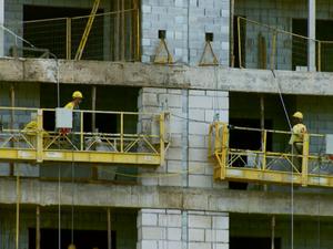 Construção civil passa por déficit de empregos no Sul de Minas (Foto: Reprodução EPTV)