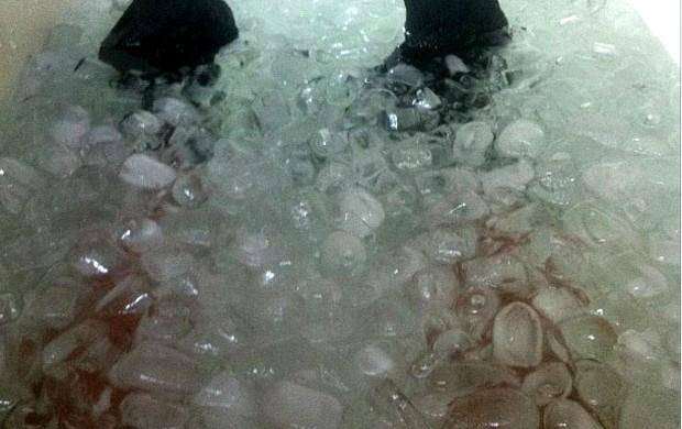 rafinha flamengo banheira de gelo (Foto: Reprodução / Instagram)