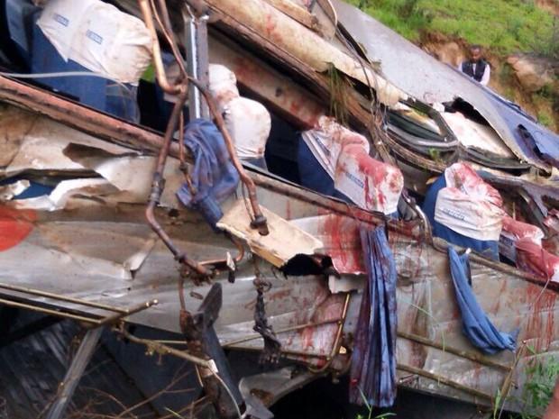 Ao menos 9 morreram no acidente de ônibus (Foto: Divulgação)