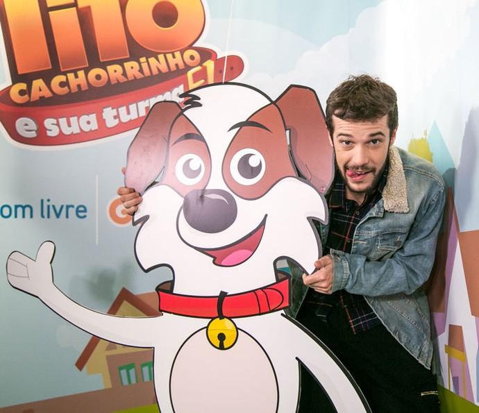 Jayme Matarazzo posa com o 'Tito Cachorrinho' (Foto: Isabella Pinheiro/Gshow)